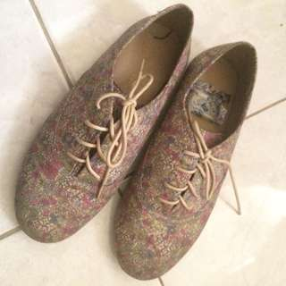 Gingersnaps girl shoes