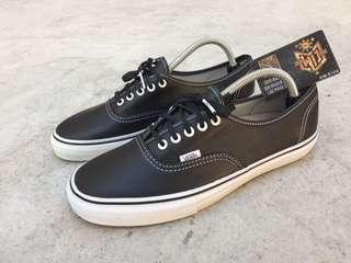 Vans Vault Authentic Leather Black