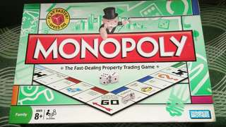 Monopoly Classic Game board