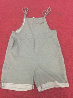 Green short pants (All size)