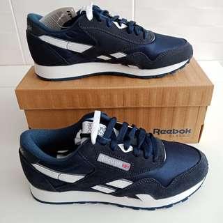 Reebok Classic Shoe - sz US 5