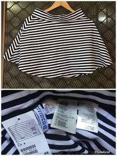 H&M striper skater skirt small