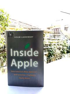 Business Book - Inside Apple (English)