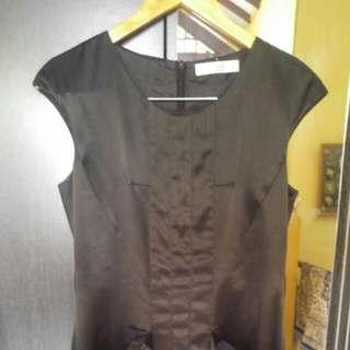 "dress hitam brand ""bysi"""