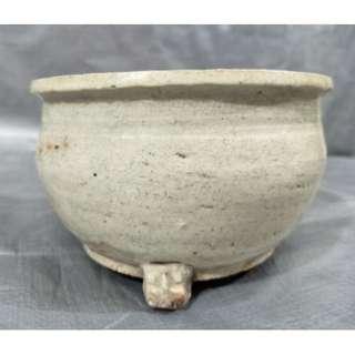 Yuan/Ming Dynasty white glaze incense burner  元/明代白釉香炉