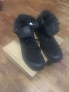 Palladium Black Baggy Boots