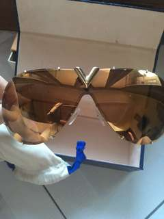 LV Drive Sunglasses Like new condition