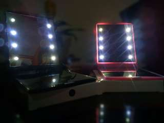 LED MAKE-UP MIRROR!! 💯