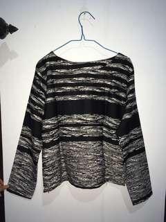 Black & White Line Shirt (titipan teman)