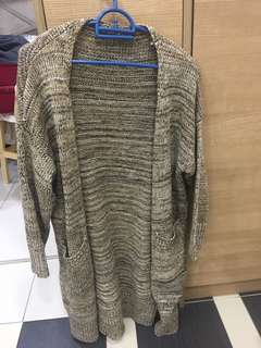 Preloved Knitted Cardigan