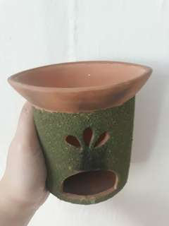 Aromatic oil burner
