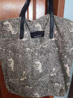 Floral prints tota bag