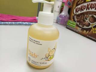 Precious New born Head to toe Cleanser 250ml
