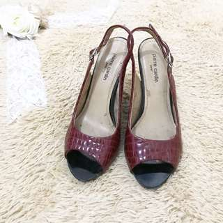 Red wedges PC