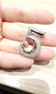 18K gold 1.92ct diamond pendent