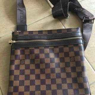 Bag Sling Lv Premium