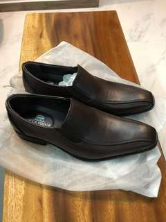 BNIB brown leather shoes