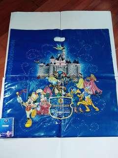 香港迪士尼樂園一周年紀念大型購物膠袋HK Disneyland 1st anniversary shopping bag
