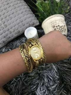 😍 Gold wrap around Watch💕🌸