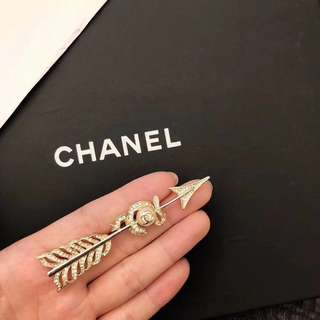 Chanel 胸針