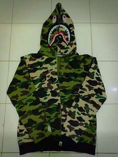 Bape full zip hoodie (green X yellow camo)
