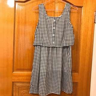 🚚 格子洋裝