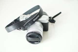 FUJIFILM X-10 SILVER WITH 16-50mm