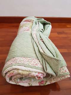 2 sided designed blanket