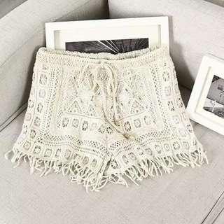 Laces Short