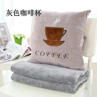 抱枕被子两用办公室午睡枕珊瑚绒毯子三合一汽车靠垫靠枕空调被💖