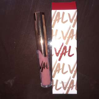 Val by Valerie Thomas vol. 2 Lipmatte shade Salina