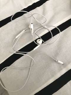 Apple iphone 7 earpiece