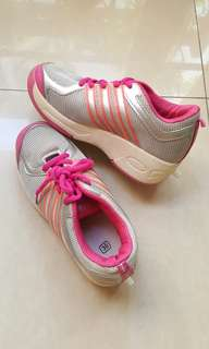 Girl's roller shoes 36cm