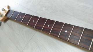 4 string electric bass neck