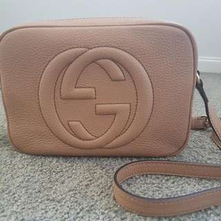 Gucci Soho small leather disco bag in Rose beige leather