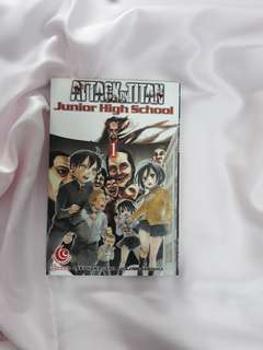 Attack on Titan : Junior High School (1)