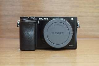 Sony A6000  (black) with kit lens