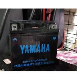 (二手中古電池) YAMAHA原廠 GTX5L-BS -二手機車電池 5號 100機車專用 數值漂亮,品項優