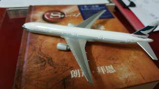 CATHY PACIFIC AIRWAYS LTD 777-300 SCALE 1:500