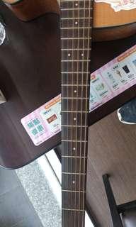 音色偏重的木吉他