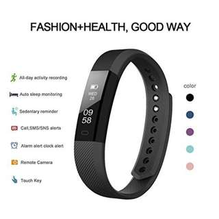 805. Very Fit Activity Tracker and Fitness Watch with Pedometer and Calorie Counter. This Fitbit Styled Sports Accessory is Compatible with iPhone and Android Phones Plus Easy Usb Charge and Exclusive Logo