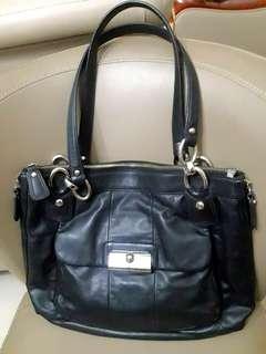 Authentic Coach  18298 Kristin Black Leather Shoulder Bag