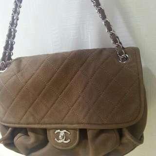 Chanel 啡色牛皮双鏈大側袋六成新