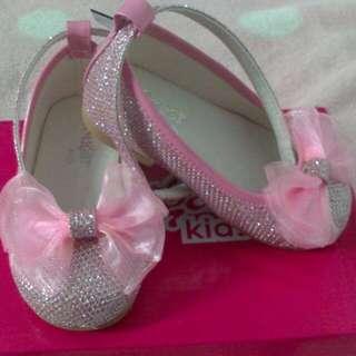 princess pink shoe