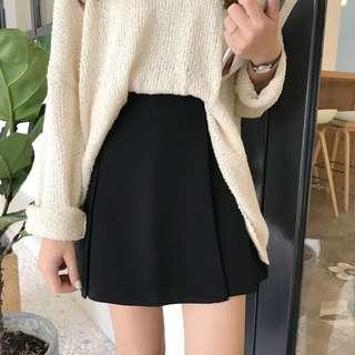 🚚 黑色素面短裙-M