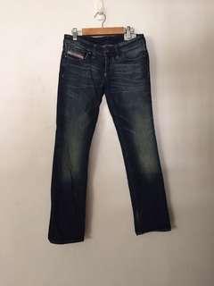 🚚 義大利品牌Diesel女牛仔褲