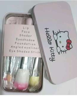 Hello Kitty 7pc set Makeup Brush