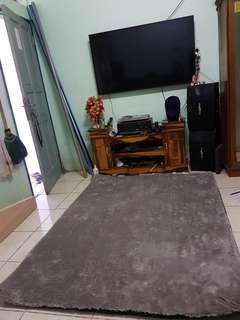 Karpet rasfur bulu lembut