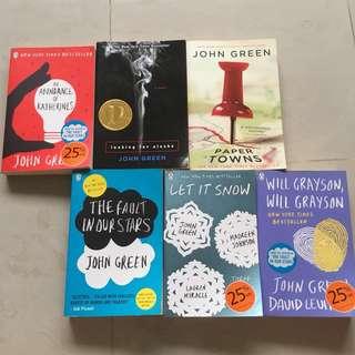 🚚 John Green books