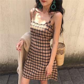 🚚 復古格紋洋裝